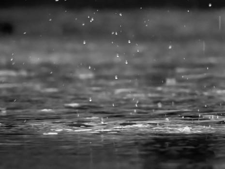 تفسير حلم رؤية المطر أو الشتاء في المنام