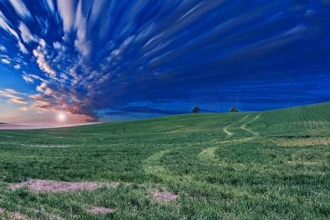 سقوط السماء أو قربها من الأرض في الحلم