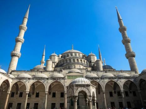 اماكن العبادة والصلاة