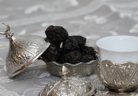 تفسير الافطار في صوم نهار رمضان في الحلم