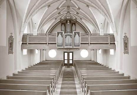 دخول الكنيسة ورؤيتها في الحلم
