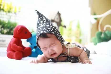 علاج الامساك عند الاطفال الرضع حديثي الولادة