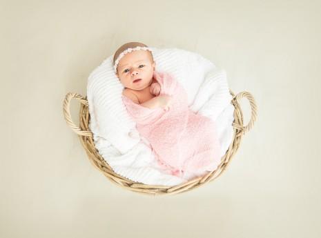 تفسير حلم ولادة بنت في المنام