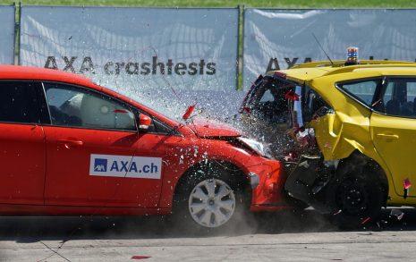 تفسير حادث سيارة وتحطم الجيب والمركبة في الحلم