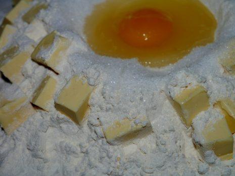 مقادير تحضير عجينة الكريب الحلو والمالح الفرنسي