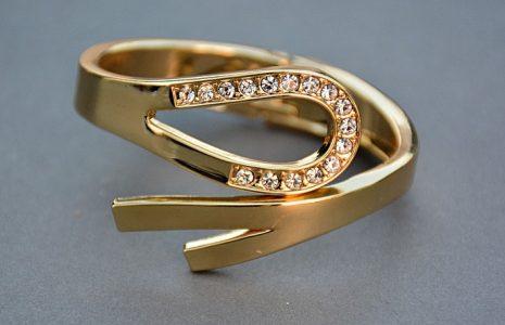 ضياع خاتم الزواج وتفسيره في حلم المنام