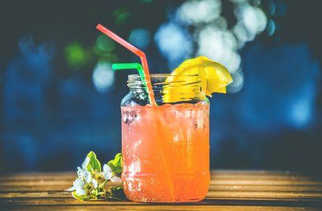 تفسير حلم شرب عصير البرتقال أو العصير البارد في المنام