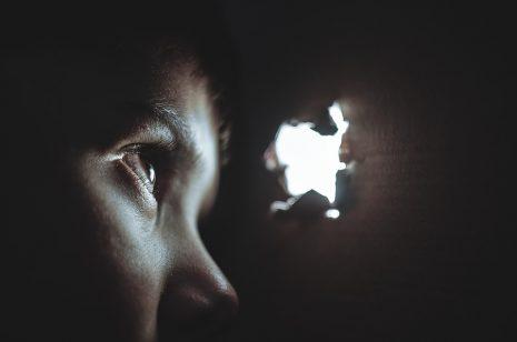 وجه الحقيقة - رواية قصيرة وعبرة