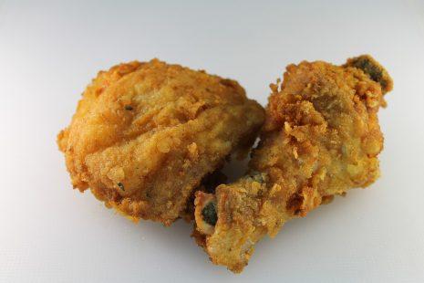 طريقة قلي الدجاج المقرمش fried chicken